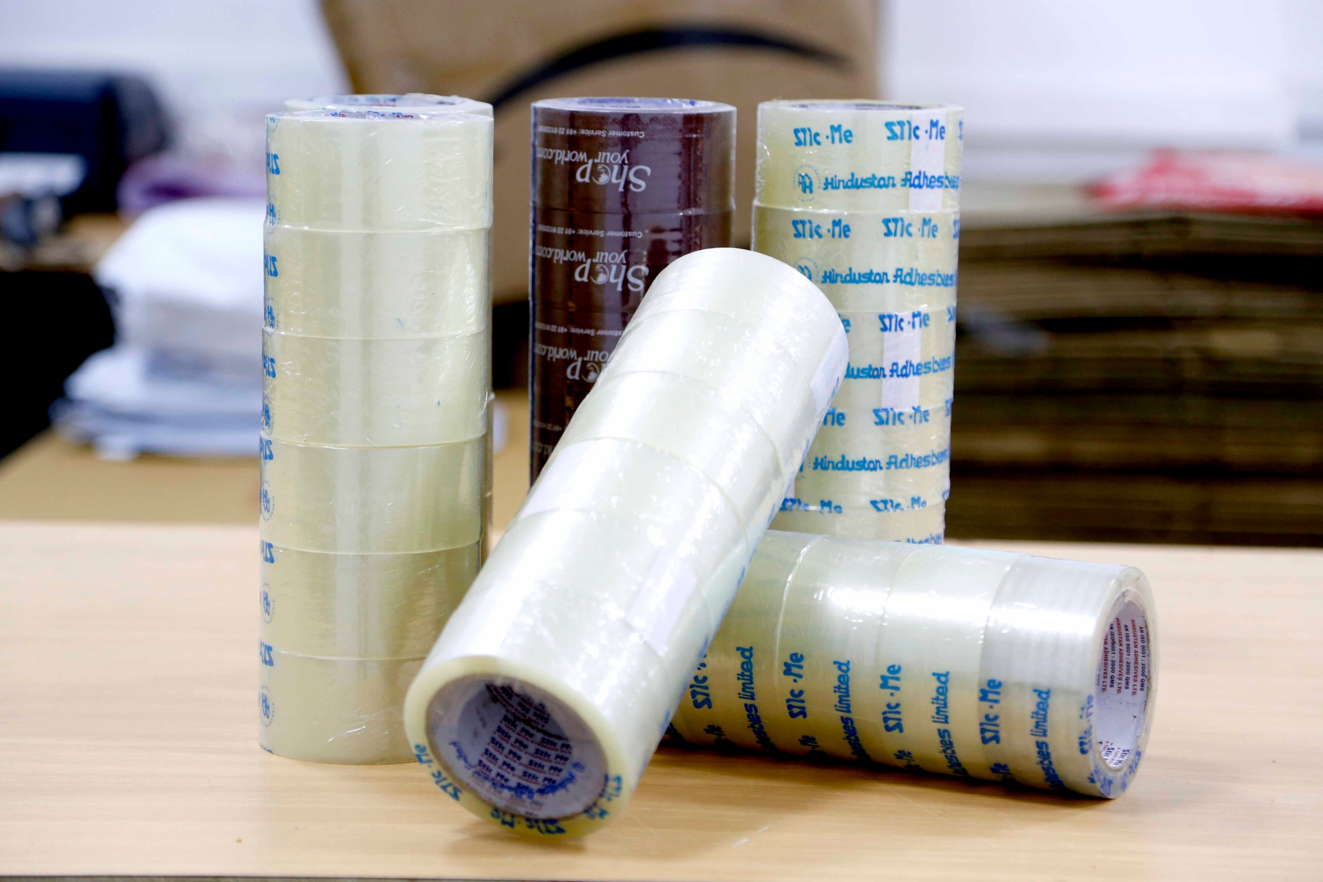 adhesive-tape-packaging-ecommerce-logistics-product
